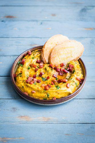 Hummus alla zucca e Speck Alto Adige
