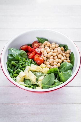 Insalata unica con spinacino, fagiolini, ceci e patate