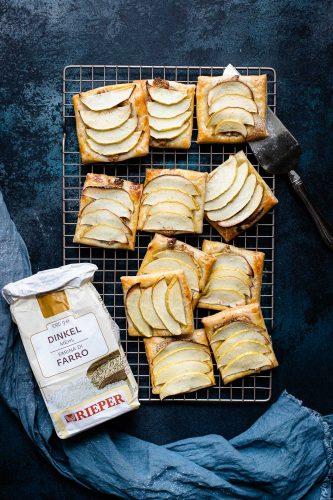 Sfogliatine al farro con mele e cannella