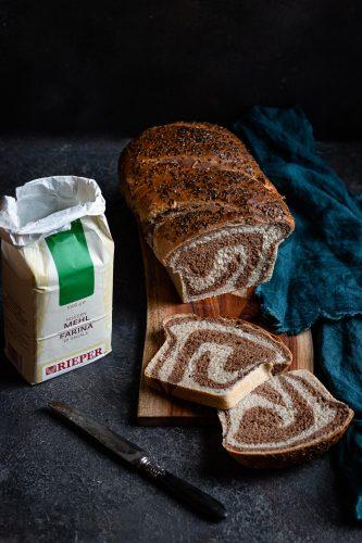 Pane bicolore di segale